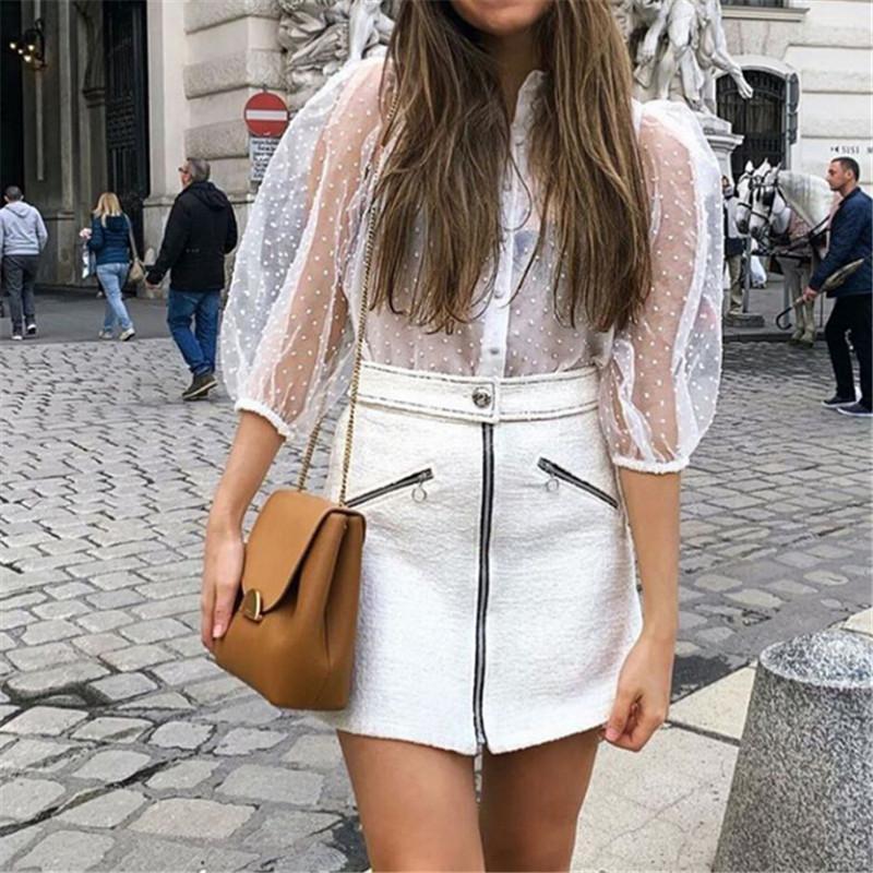 Le nuove donne della maglia pura camicetta See-through a maniche lunghe Camicia Camicetta della perla di modo trasparente Shirt White Female Blusas