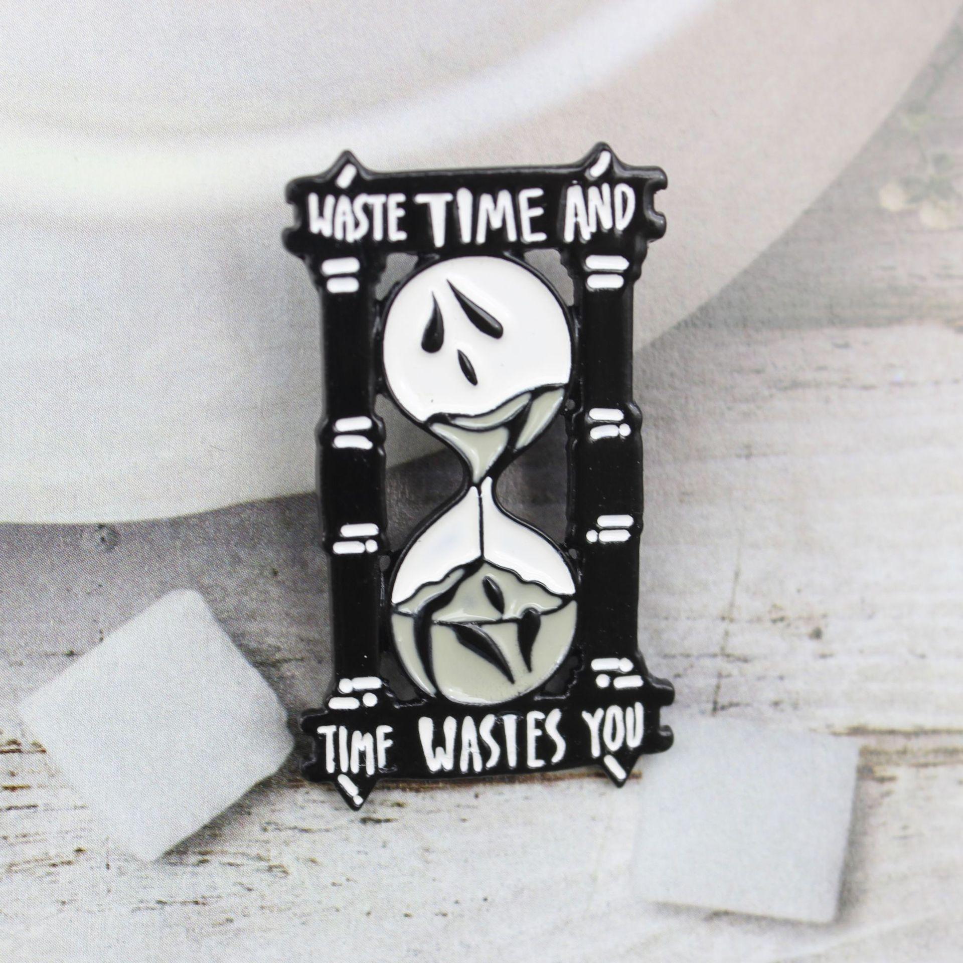 에나멜 핀 고전 진자 시계 타이머 모래 시계 보물 시간 기념 배지 코트 배낭 버튼 보석 브로치 zdl0327.