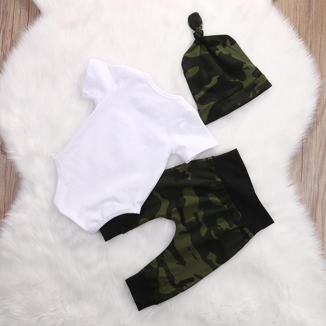 3 pièces en valeur l'attente manches courtes Bodysuit, Pantalon camouflage avec le chapeau Set pour bébé garçon vêtements d'été Outfit
