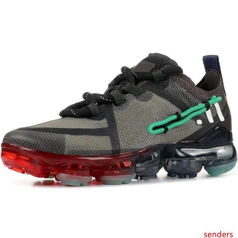 2019 Designer Shoes Hommes Chaussures pour Hommes Chaussures Femmes Chaussures de course Mode Sport Athlétique Corss Randonnée Jogging Marche Formateurs extérieure