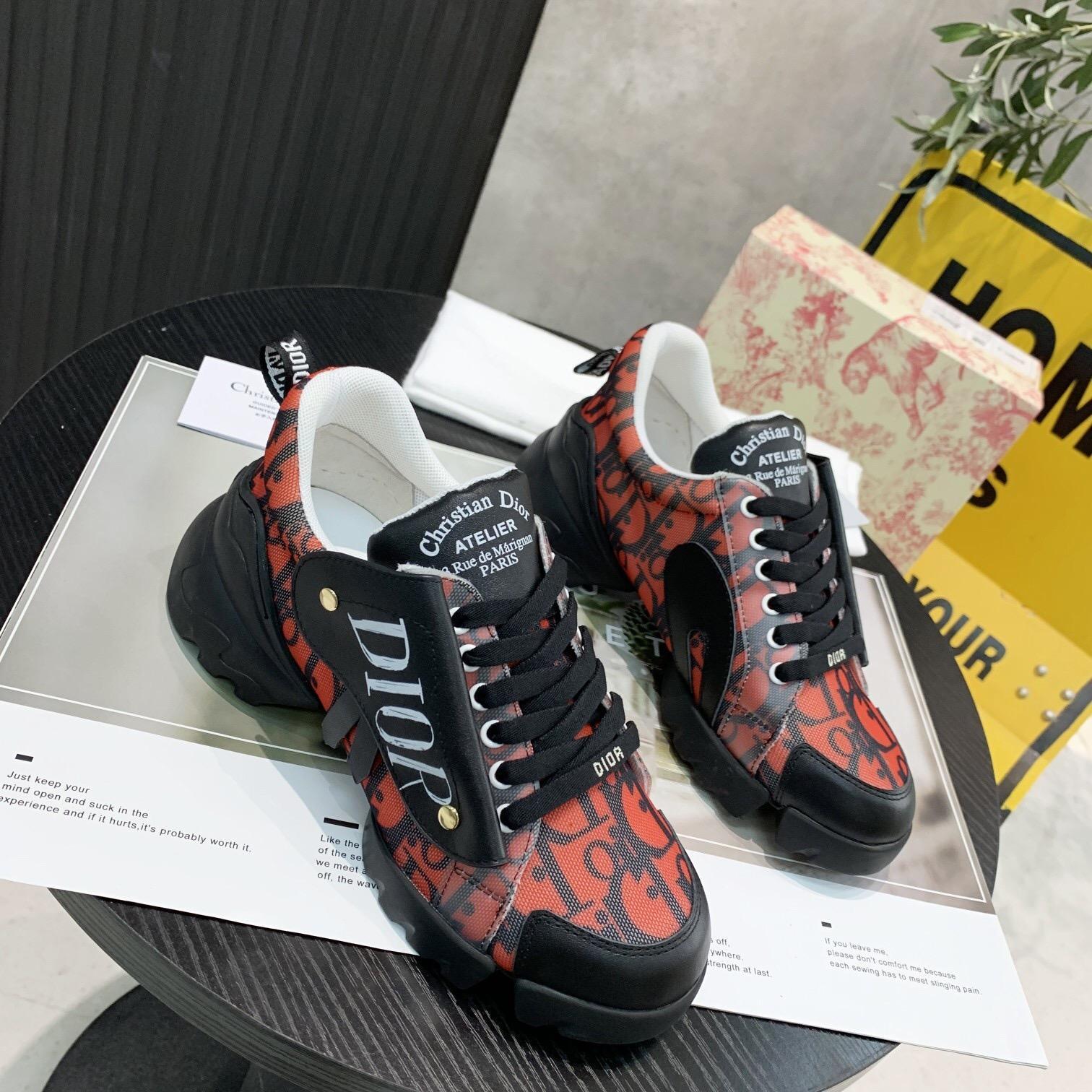 Mode Frauen Schuhe 2020 neue Frauen beiläufige Schuhe Plattform beiläufige hohe Qualität schwere Schuhe mit Kasten size35-41