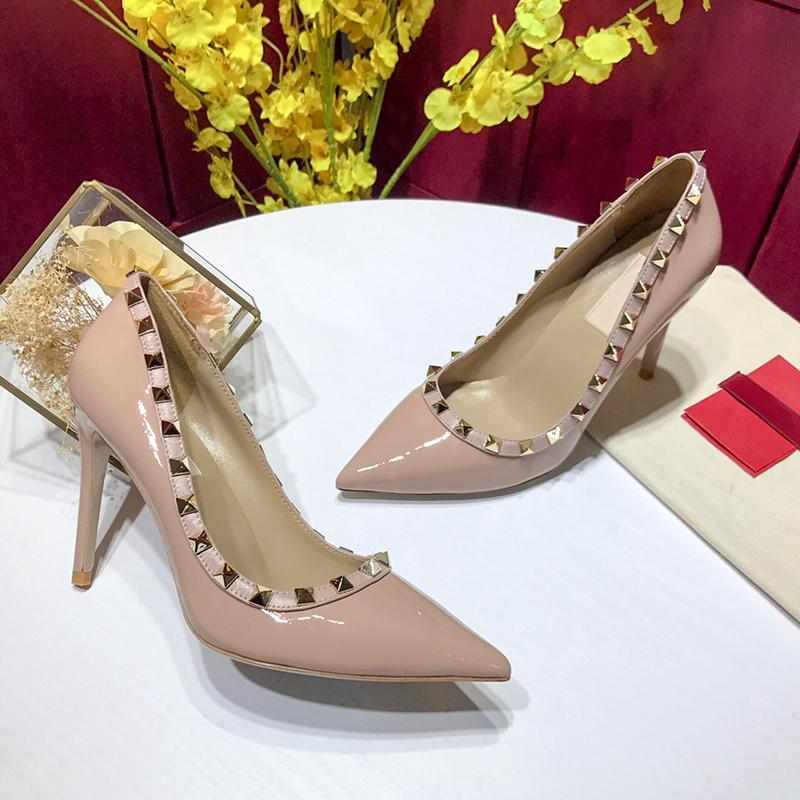 Hot Sale- classic black and Nude women Brand High Heels Patent Leather Pointy Toe Dress Shoes Rivets Shallow Mouth Red Sole Wedding Shoes