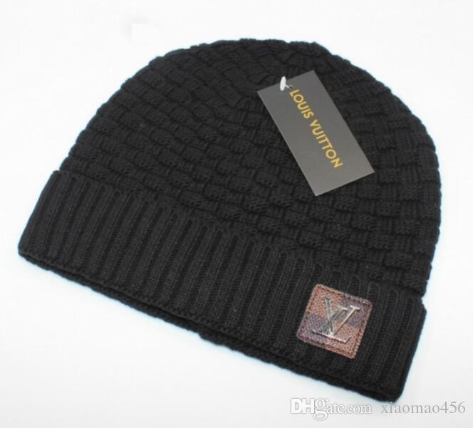 Trasporto libero del progettista Skullies Cappelli cappelli per gli uomini donne 2020 Nuovo Inverno marca Berretti a maglia di skateboard papaline cappelli con tag