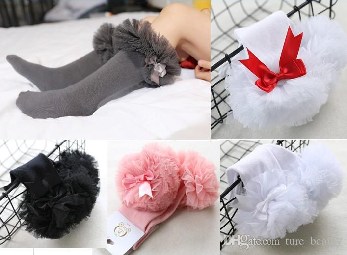 GREY FRILL GORGEOUS  GIRLS  FRILLY GREY SOCKS WITH   LARGE  3 INCH  GREY  BOWS