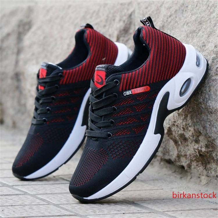 China de fábrica moda del precio bajo durable con cordones antideslizantes los zapatos corrientes de deportes para hombre y zapatillas de deporte