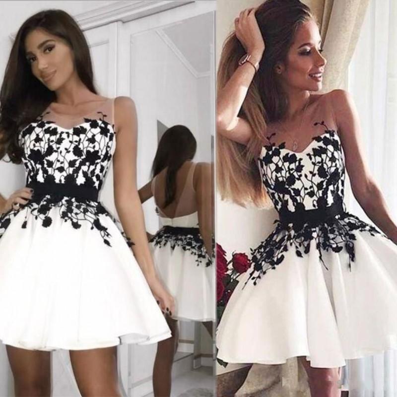 2020 homecoming dresses Short Amazing Black White Short Jewel A Line Backless Lace Applique Mini Graduation Party Cocktail Dres