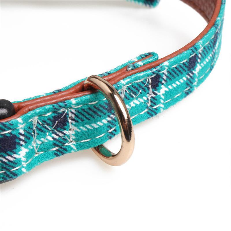 Hund Colla für kleine und mittlere Haustiere Hunde Katzen Welpen Netter Bow Schnalle Kragen Verstellbare PU-Leder-Halsband für Welpen Kitten