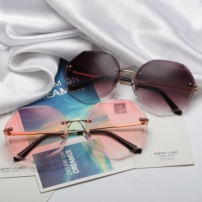 Çerçevesiz Elmas Kesme Lens Güneş Kadınlar Marka Tasarımcı Shades Güneş Gözlükleri Oversize Erkek Kadın Gözlük UV400