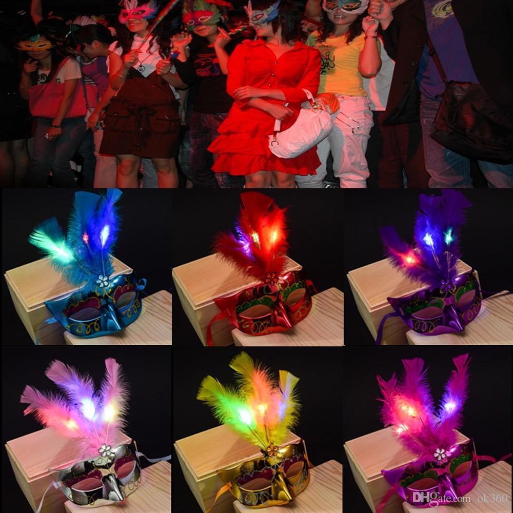 Máscara Máscara mulheres menina Veneziano Fibra LED Masquerade Fancy Dress Princesa Partido máscaras da pena do partido do Dia de Natal