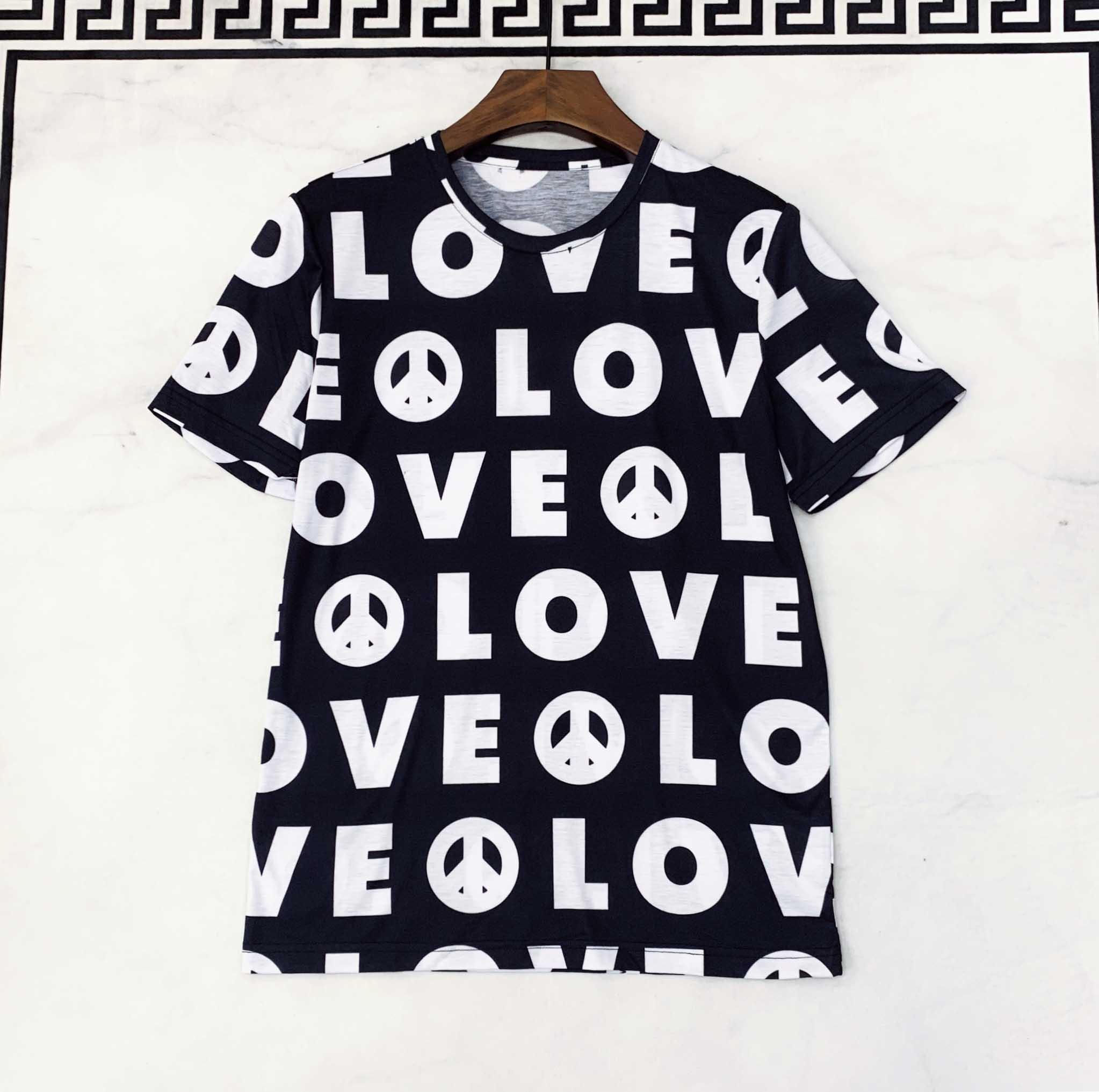 2020 desenhador novo de mangas curtas T-shirt 100% algodão personalizado carta de moda padrão de impressão dos homens de moda