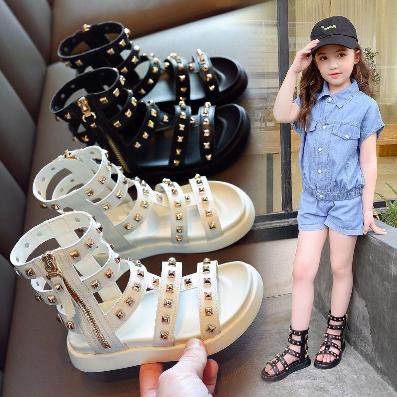 AAdct 2020 niñas dasigner verano sandalias de suela blanda nuevos niños pequeños sandalias Gladiatus para los niños muchachas de la princesa Roma diseñador de zapatos de lujo