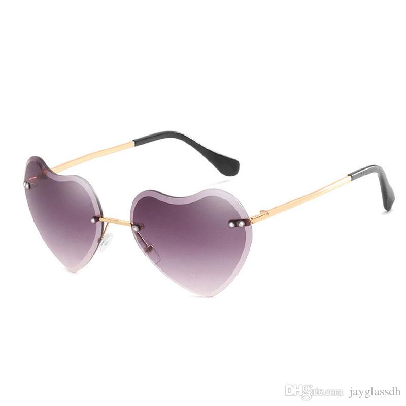 2020 العلامة التجارية مصمم أزياء على شكل قلب بدون إطار النظارات الشمسية النساء الفاخرة قلب الحب نظارات خمر النظارات الشمسية الملونة بدون شفة