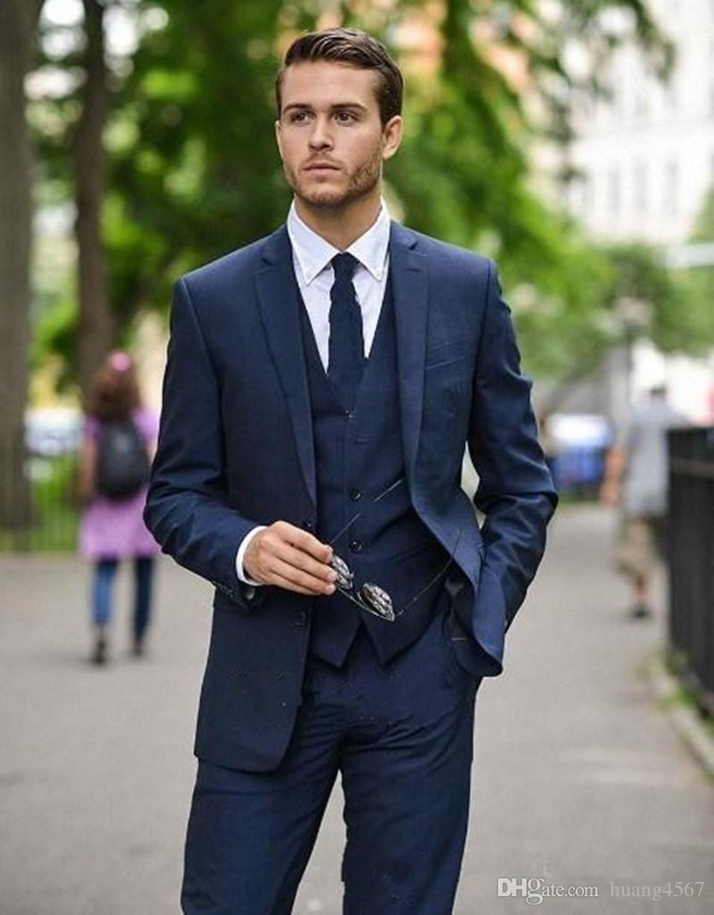 Nuevo diseño de moda Azul marino Novio Trajes de esmoquin Padrino de la solapa El mejor hombre se adapta a los trajes de chaqueta para hombre (chaqueta + pantalones + chaleco + corbata) 1046