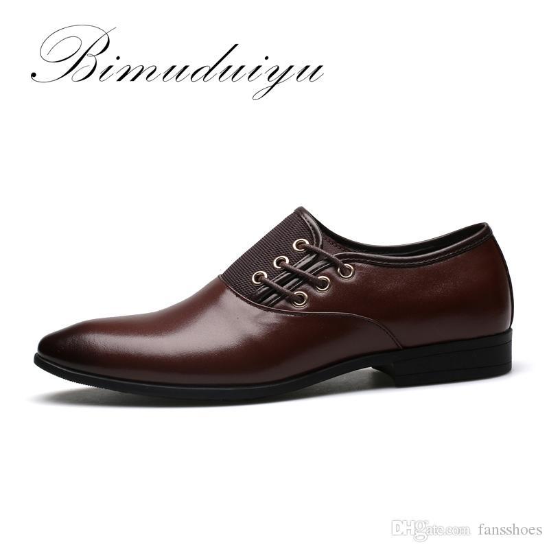 5760ae419f0 Compre BIMUDUIYU Tamaño Grande 6.5 12 Nuevos Hombres De La Manera Zapatos  De Vestido De Boda Zapatos Negros Dedo Del Pie Plano Negocios Británicos  Con ...