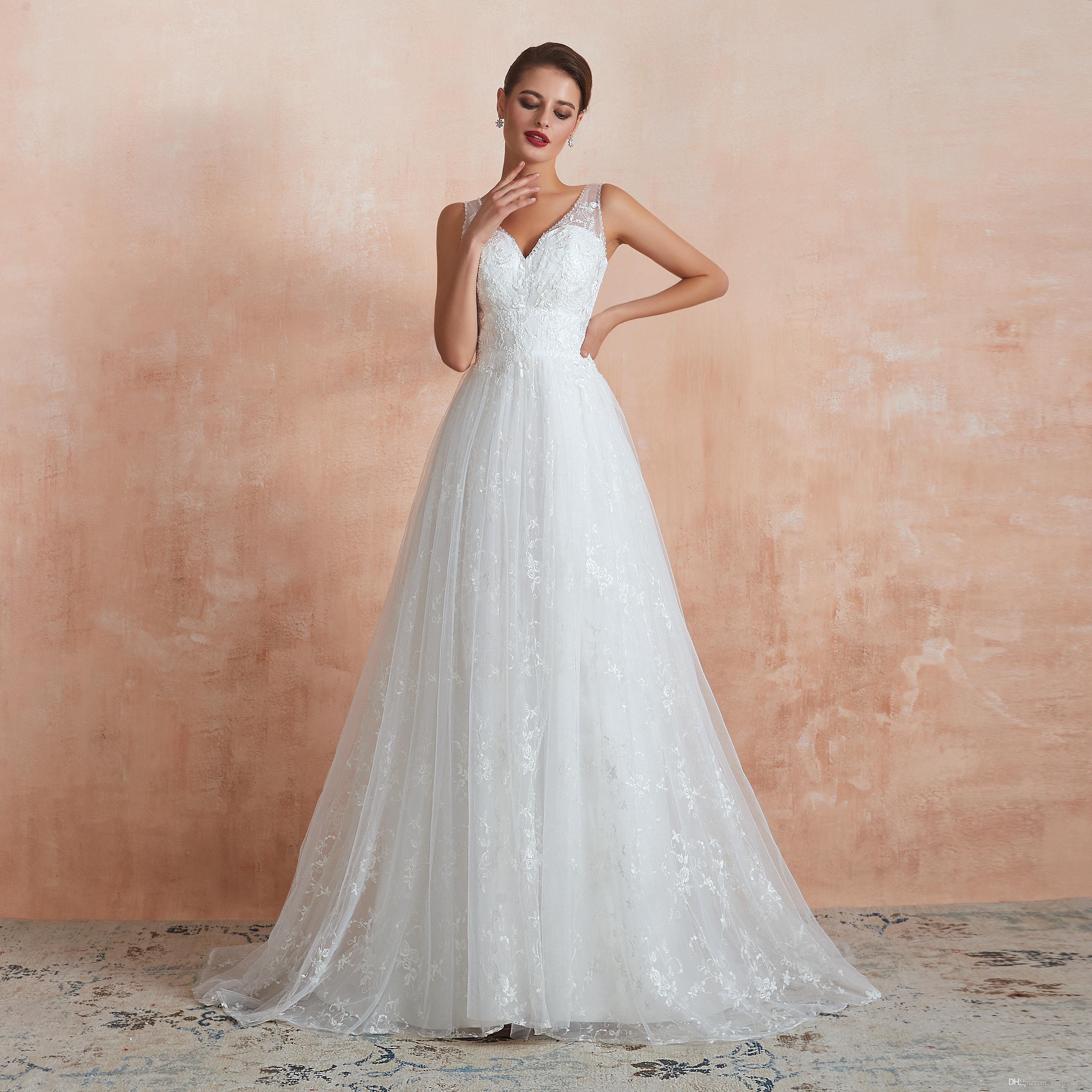 Womens A-line Lace Wedding Dresses for Bride V-Neck Princess Ball Gown Sweep Train