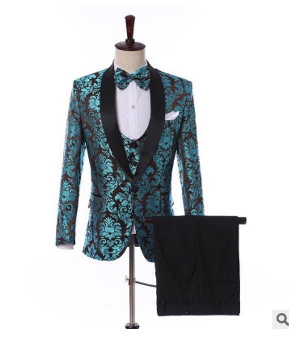 Homens Azul Ternos de casamento 2019 New Design de Moda real Groomsmen rosa vermelha casamento xaile lapela noivo Smoking Mens Tuxedo / Prom ternos 3 Pieces