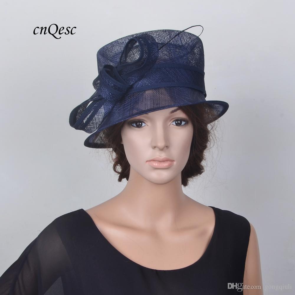 Blu navy piccolo cappello sinamay cappello elegante Royal wedding bridal fascinator w / struzzo colonna vertebrale per Kentucky Derby