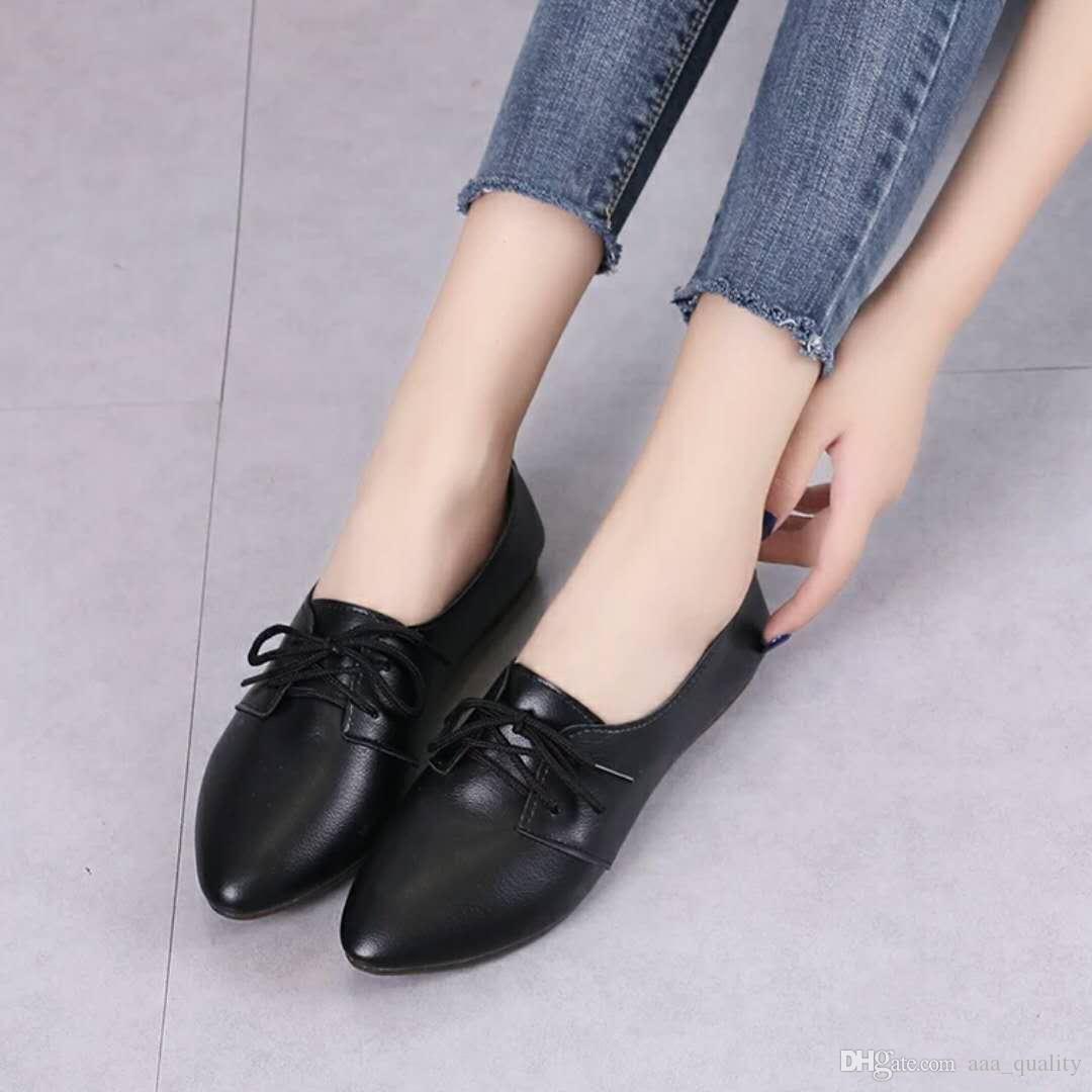 0729 CQC6 Moda Uomo Primavera pattini casuali grande formato 39-46 traspirante Man luce Lace-up donne nuove scarpe di cuoio scarpe selvatici personalità