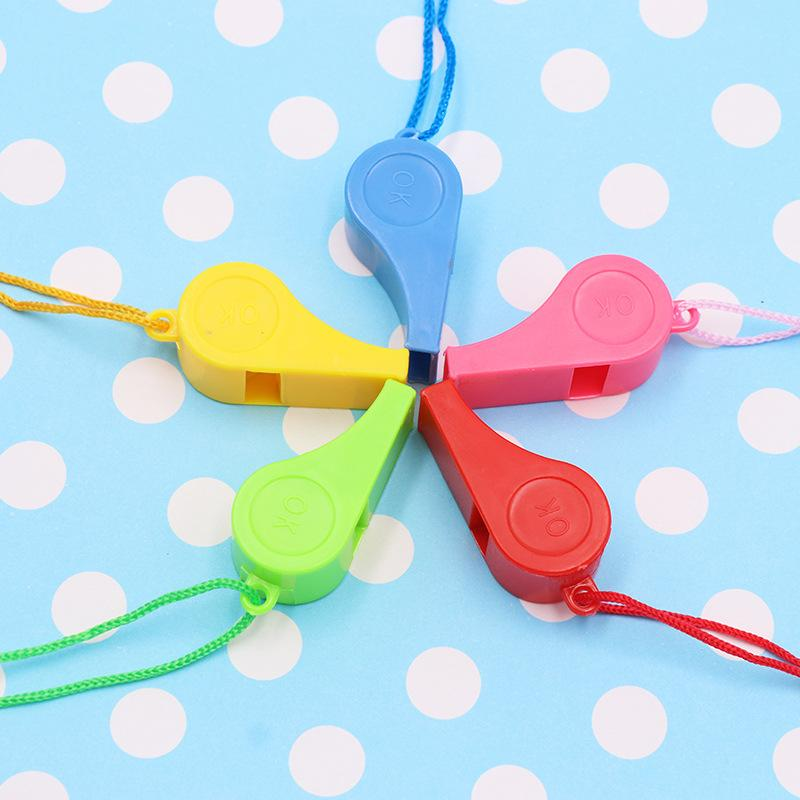 """World Cup Cheerleading Referee Whistle With Lanyard """"OK"""" Designs Plastic Whistles Toys Sport Accessories (Random Send Color) 4.8*2cm G765R F"""