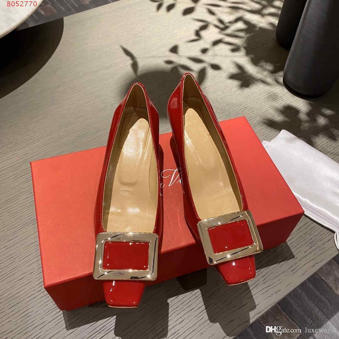 atmosphère haut de gamme des chaussures habillées avec des sommets plats et talons hauts chaussures robe de mariée pour dames professionnelles bleu, noir et rouge