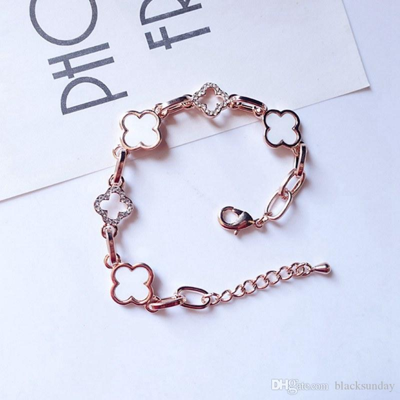 Trevo de quatro folhas Sorte Moda Braceletes Braceletes com diamante incrustado Jóias frisada Com Exquisite caixa popular com as garotas como