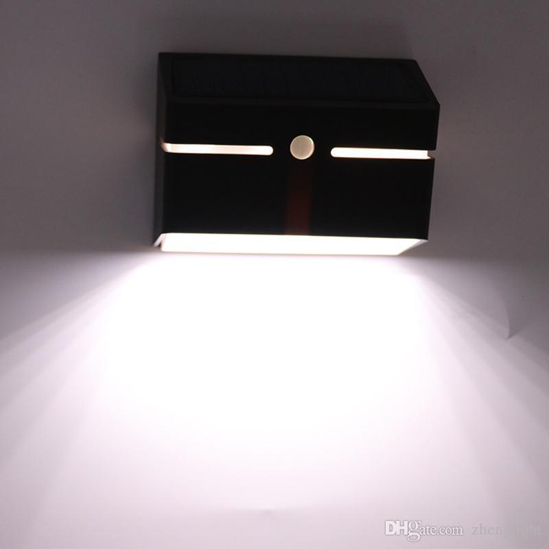 1 confezione 1 pc prato lampada da parete solare LED di induzione del corpo della lampada umana luce cortile esterno della lampada recinto strada luce illuminazione 10021