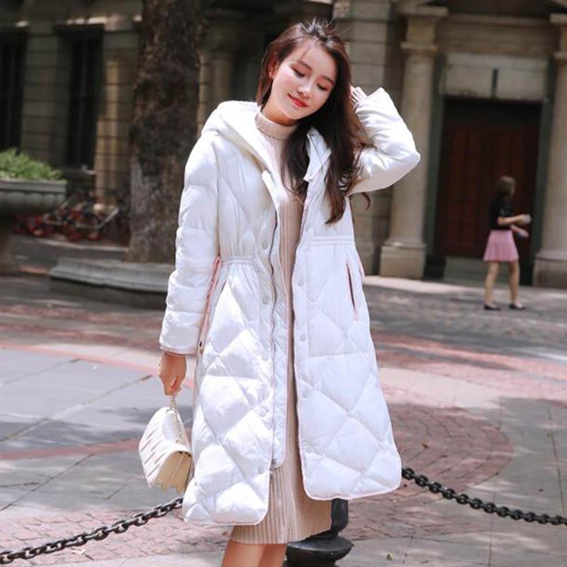 Automne Hiver 90% duvet de canard blanc femmes duvet de canard veste WomanJacket Mode capuche chaud Manteau long Femme Pakras PP010