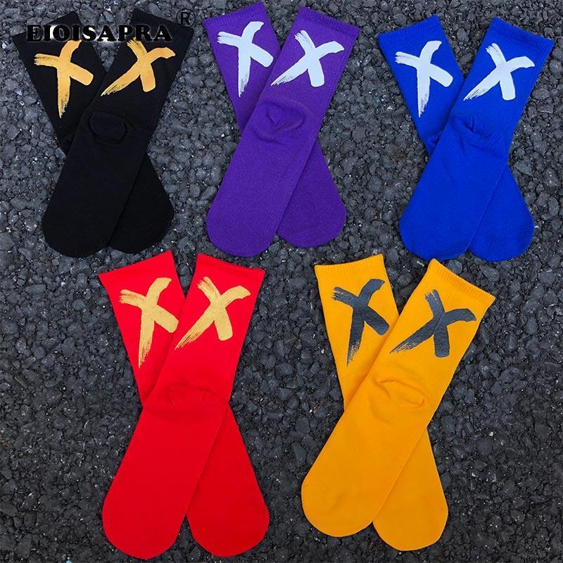 Nouvel Automne Hiver Vintage Hip Hop 'X' Form Impression Chaussettes Hip Hop Harajuku Happu Drôle Chaussettes Antidérapante Respirant Unisexe Sox