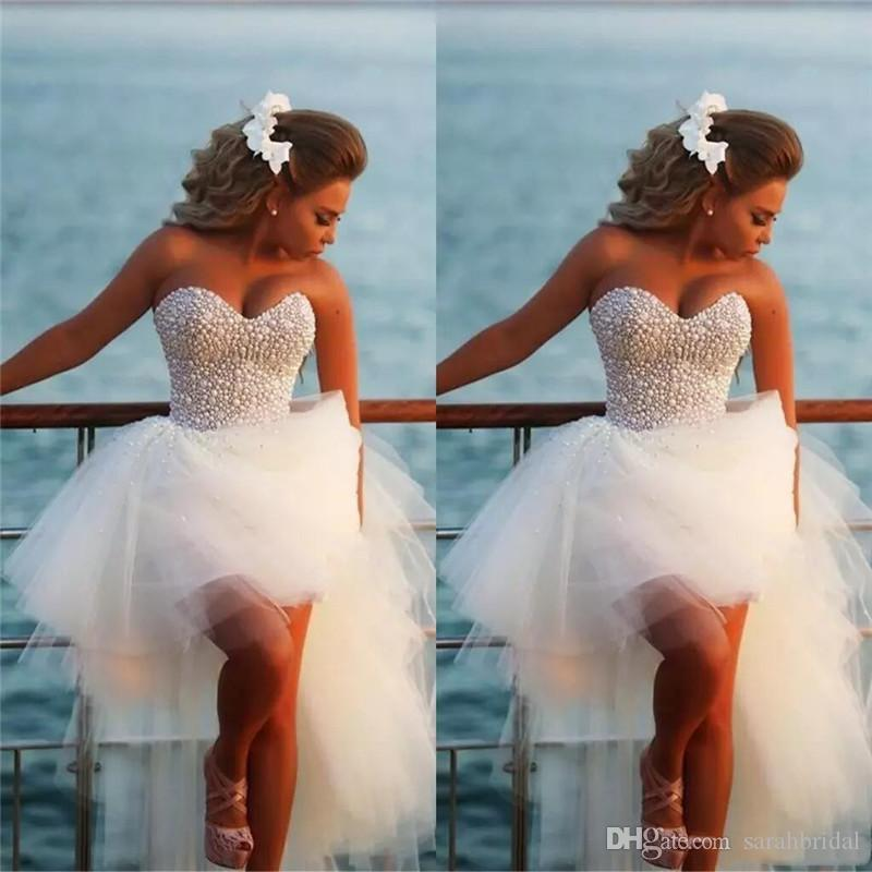 2020 Aline Sweetheart Requintado Pérola Hi-Lo vestidos de noiva de praia curta com vestidos nupciais feitos sob encomenda