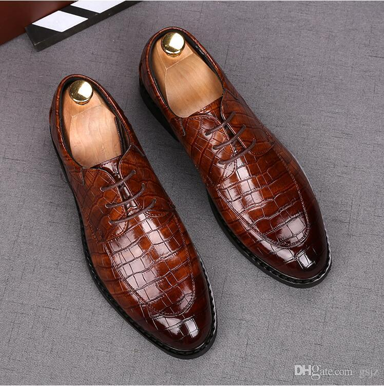 Scarpe eleganti formali di alta qualità per uomini delicati Scarpe in pelle Punta a punta Scarpe da uomo firmate Business Oxfords Scarpe casual J85