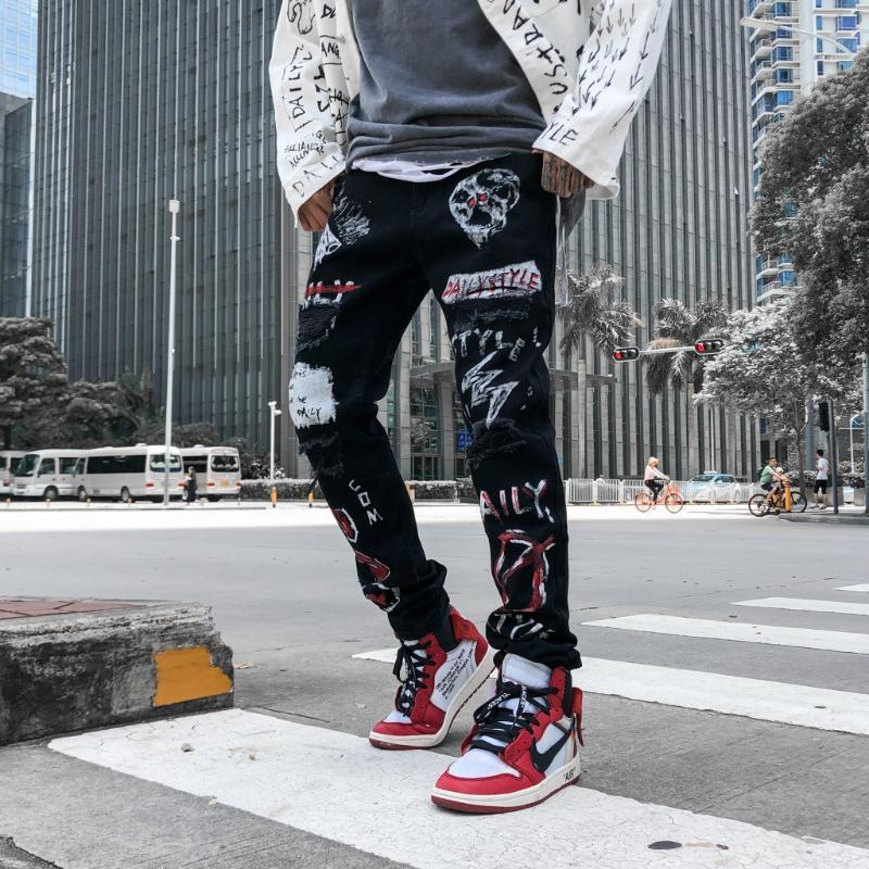 Skinny Jeans noir Pantalons Hommes Hip Hop Streetwear Détruit Jeans Ripped Hiphop Graffiti Imprimer Crayon Denim Pant Trou MG404