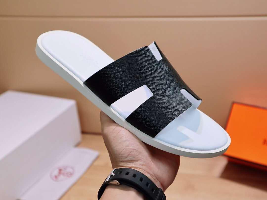 2020 new men Designer Shoes Slides Summer Beach Indoor Flat Sandals