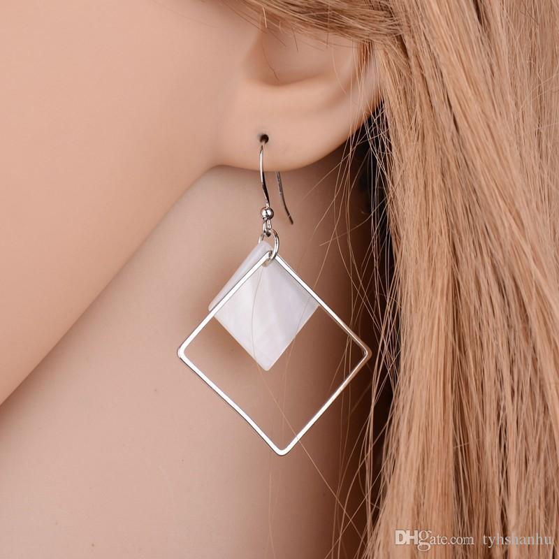 Korea Schmuck Natürliche Muscheln hängende Tropfen-Ohrringe für Frauen Fashion Square zogene silberne Ohrringe E909