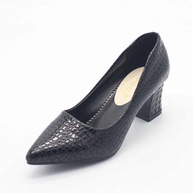 Designer Dress Shoes POADISFOO Woman Square Heel Pumps Autumn Fashion Pu Shallow low-heeled With High Heel Pointed .LSS-888
