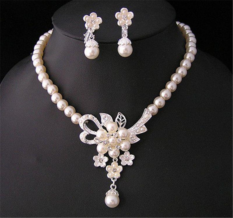 신부 들러리 여성 액세서리 DHL을위한 크리스탈 신부 보석 세트 실버 도금 목걸이 다이아몬드 귀걸이 웨딩 보석 세트를 블링