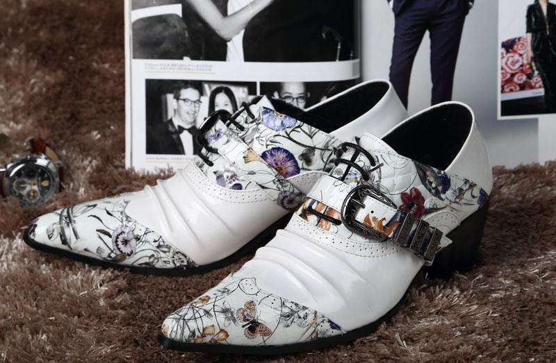 2018 scarpe a punta in pelle da uomo stile giapponese moda a punta altezza scarpe da sposa con stampa bianca per uomo