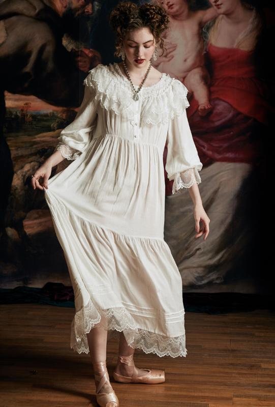Vintage Nachthemd Frauen-elegante Königin Nachtkleid Weiblichen Frühlings-Sommer-Kleid Retro Spitze Langer Nightgown europäischer mittelalterlicher Stil