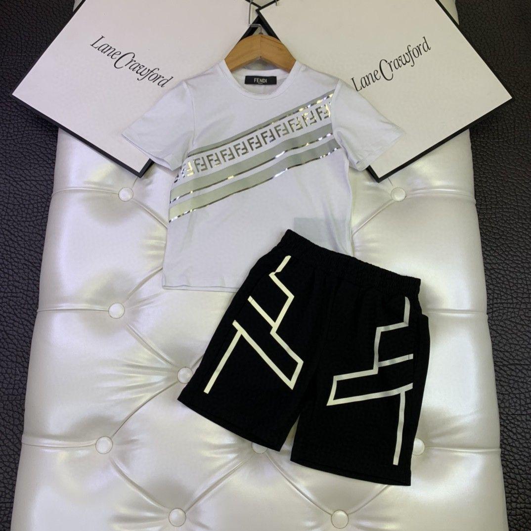 Los niños y niñas camiseta y los cortocircuitos de la manga corta impresa luminosa de diseño banda reflectante 030903