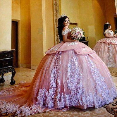 Modest Pink Ball Gown Quinceanera Dresses With Train White Lace Applique Off The Shoulder Tiered Ruffle Sweet 16 Dress Vintage Party Evening