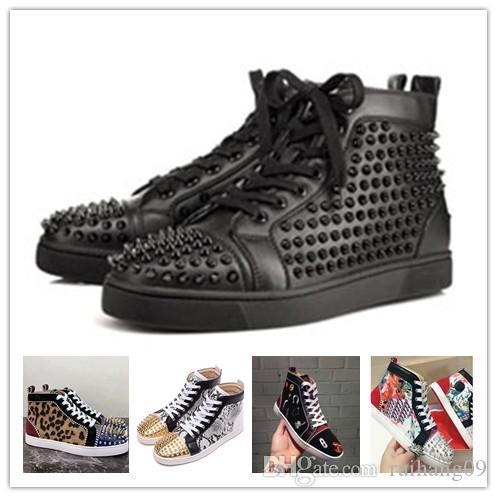 2020 diseñador de moda inferiores del rojo de los zapatos zapatillas de deporte con tachuelas Spikes planos para mujeres de los hombres amantes de la fiesta brillo cuero auténtico 0D1 remache ocasional