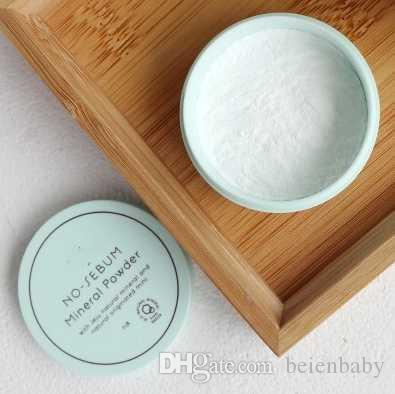 Drop Ship Epack Korea العلامة التجارية الشهيرة Innisfree No Sebum Mineral Powder + Blur Powder Control بودرة أساسيات ماكياج 5 جرام