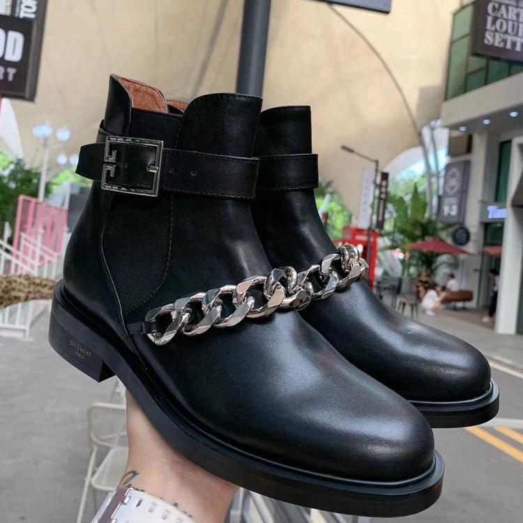 Stazione asiatico Nuova catena coreana scarpe di moda Stivali Martin stivali tempo libero, a prova di slittamento e resistenti all'usura di pecora interno decorativo dei fissaggi A