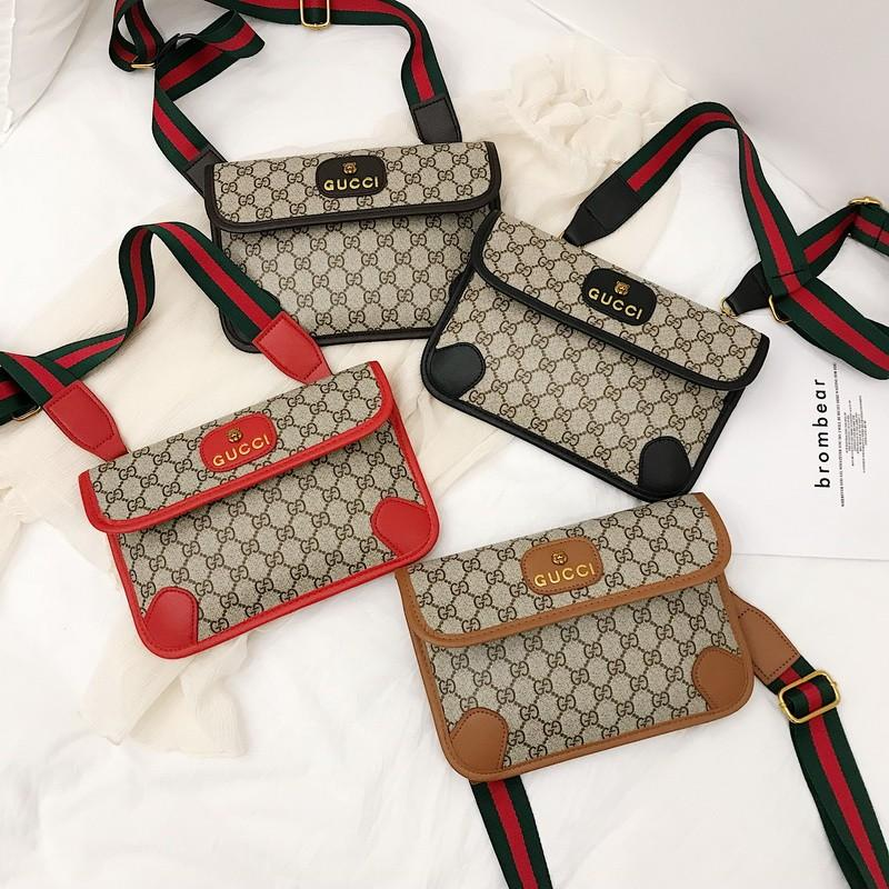 Luxo Homens Bolsas de ombro Marca Mulheres cintura Bag letra impressa Homens Mulheres Moda Bloco de Fanny Outdoor Pack Sport Mens Peito Bag B102488K