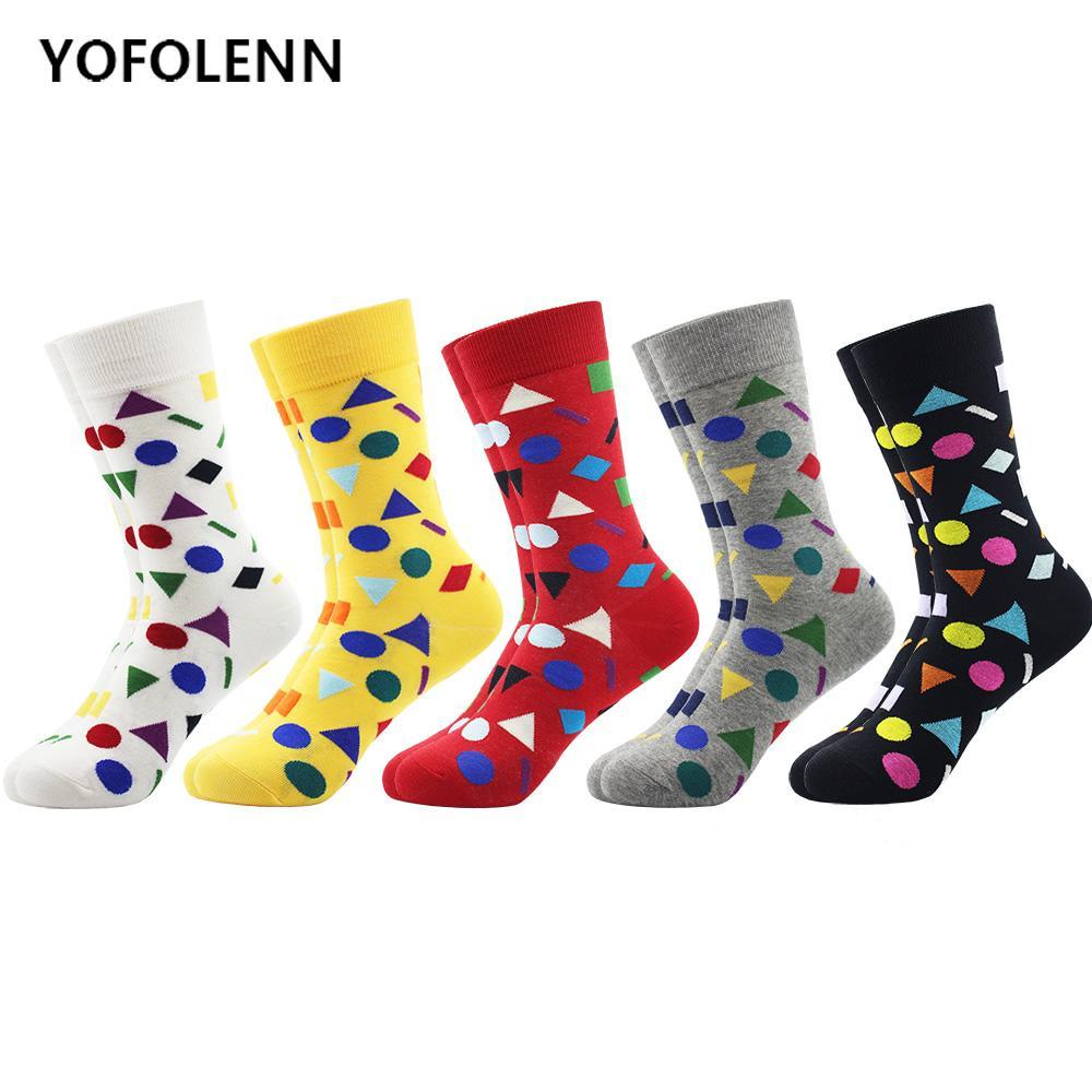 5 Çift / grup erkek Uzun Tüp Mutlu Çorap Renkli Geometri Desen Penye Pamuk Yüksek Kaliteli Komik Düğün Kaykay Çorap