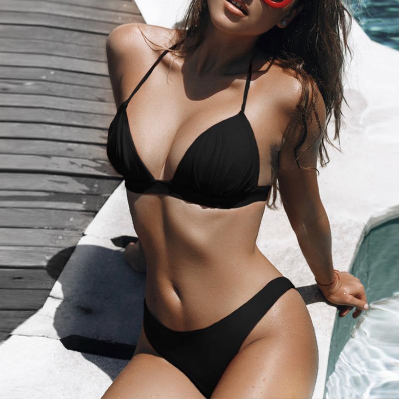 Halter traje de baño de las mujeres blancas atractivas Bikinis Verano Bikini Biquini Extreme 2020 Mujer empuja hacia arriba el traje de baño de micro juego de dos piezas