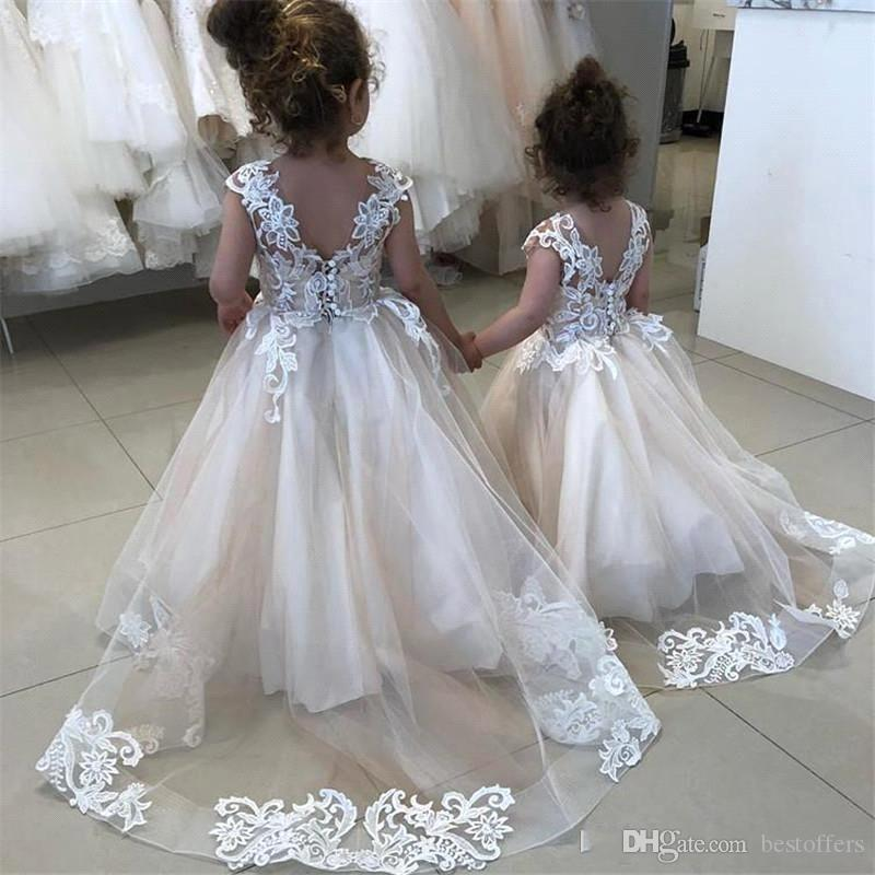 Vintage Lovely Ivory Baby Infant Toddler Baptism Clothes Flower Girl Dresses With Long Sleeves Lace Tutu Ball Gowns Cheap BC2407
