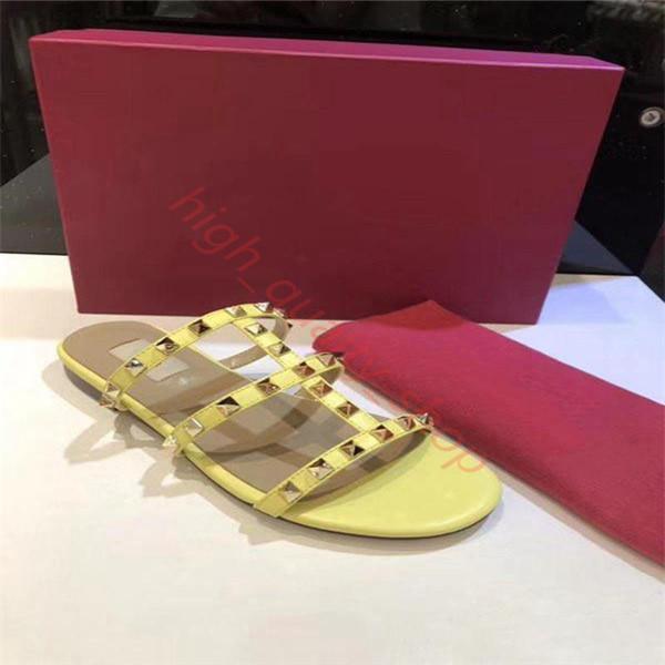 hococal Дизайнер Luxury женщин тапочки Новое прибытие Горячие Продажа Заклепки Стиль Мода Стиль Классический качества Sandal