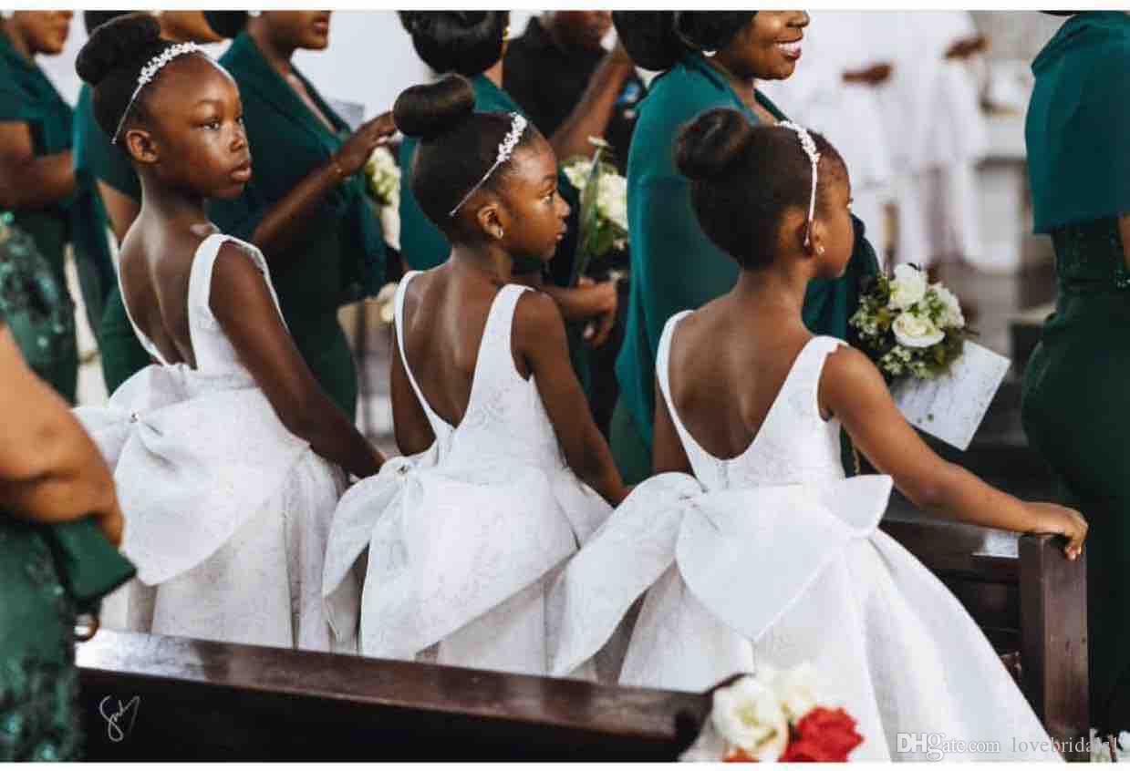 Custom Made robes de filles de fleur pour les robes de mariage avec l'arc arrière salut salut Lo fête d'anniversaire enfant porte bon marché 2019