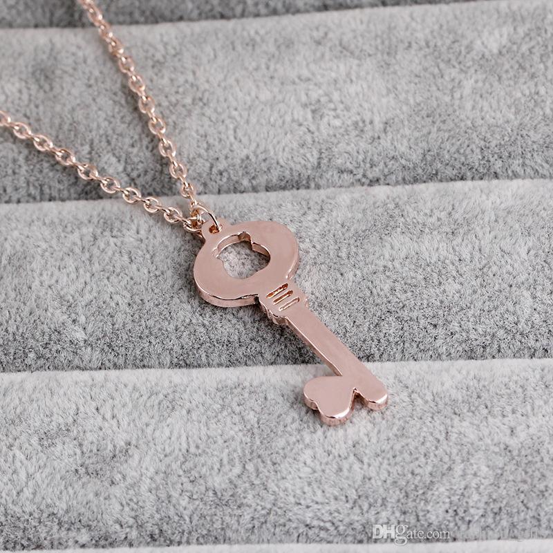 30 Hollow oso del corazón del amor del corazón collar de la llave amor bloqueo único símbolo clave de amor collar collar dominante animal herramienta de desbloqueo de la joyería Por amante