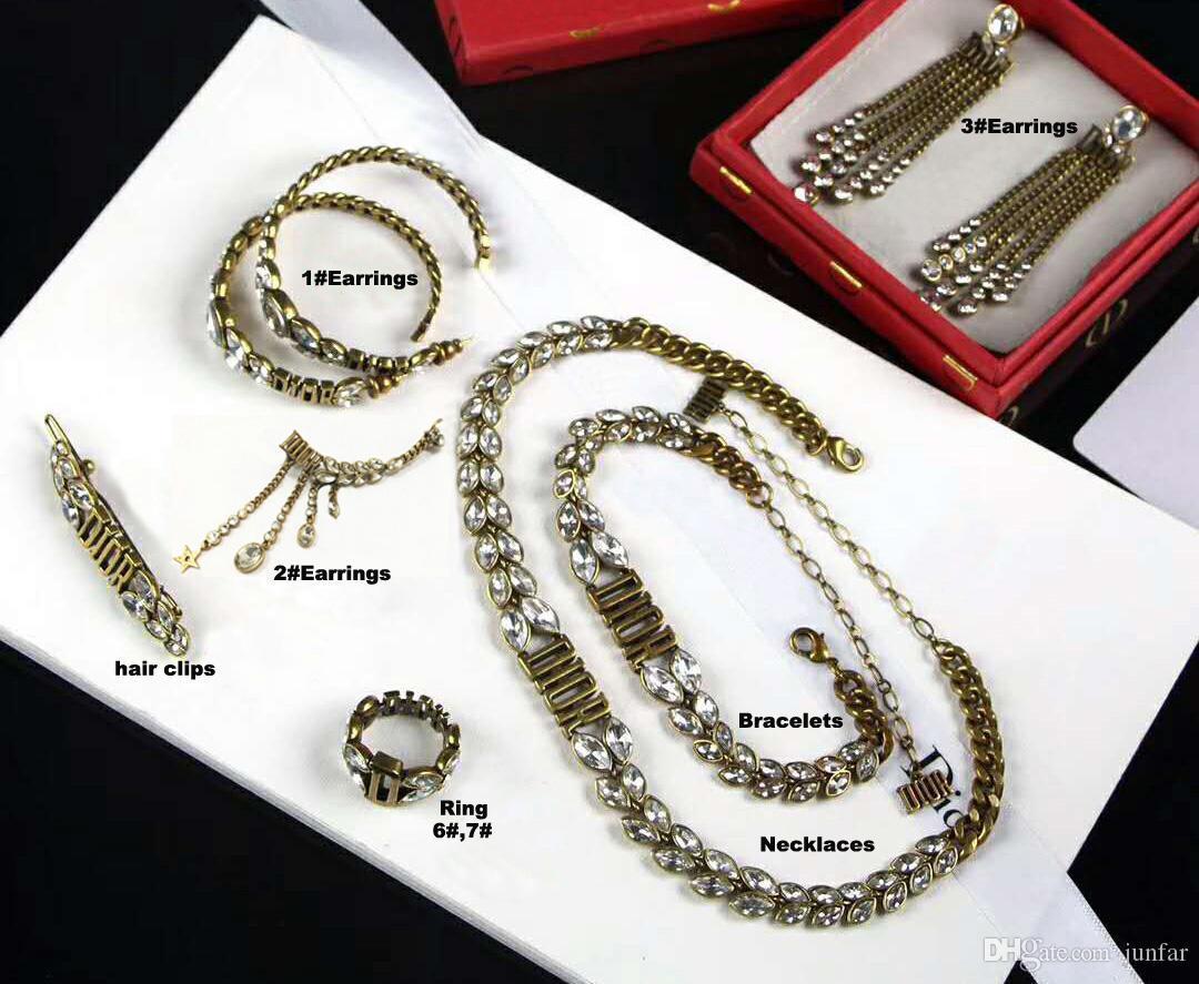 2019 جودة عالية فاخر مصمم المجوهرات النسائية أقراط النحاس خمر لالخواتم النساء الأزياء والمجوهرات مجموعة هدية